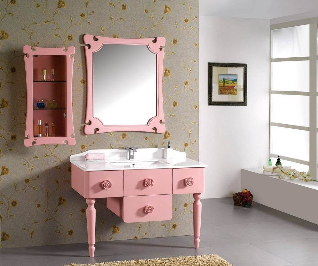 pink-framed-bathroom-mirror