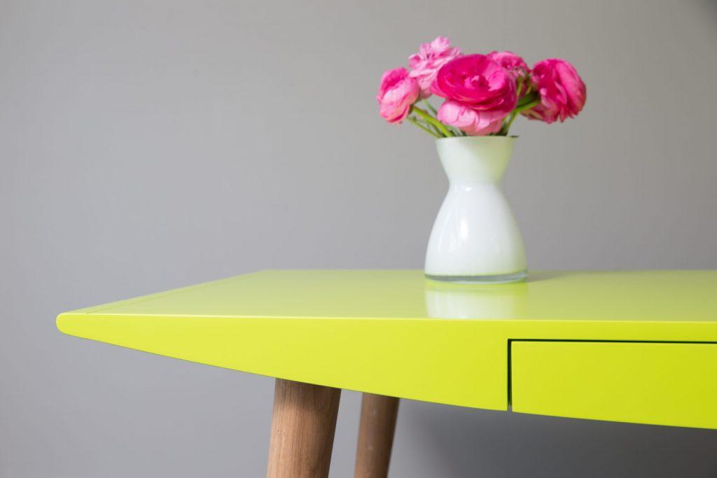 belly-desk-by-steuart-padwick