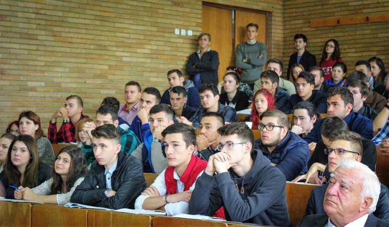 studenti-fil-1