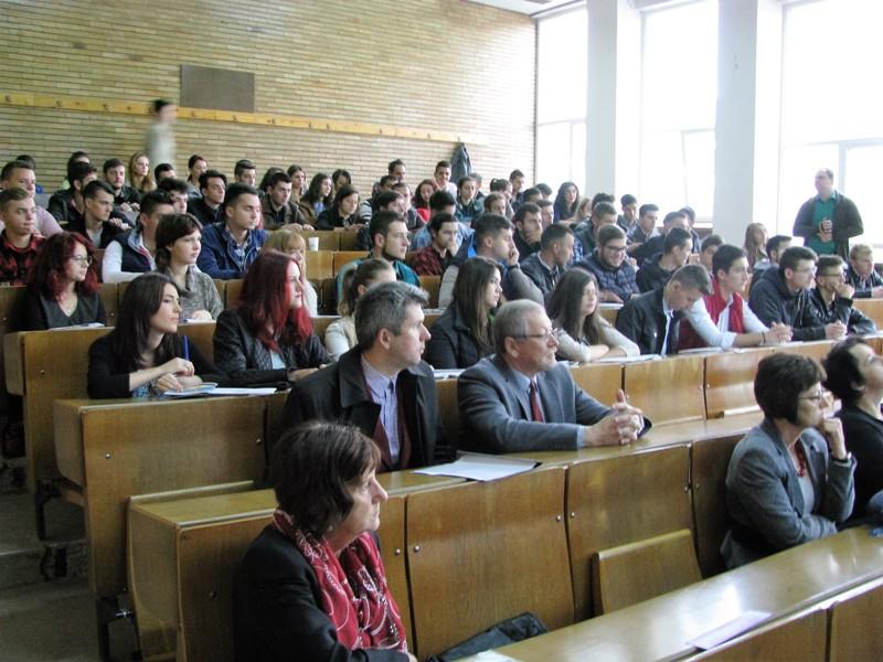 studenti-fil-5