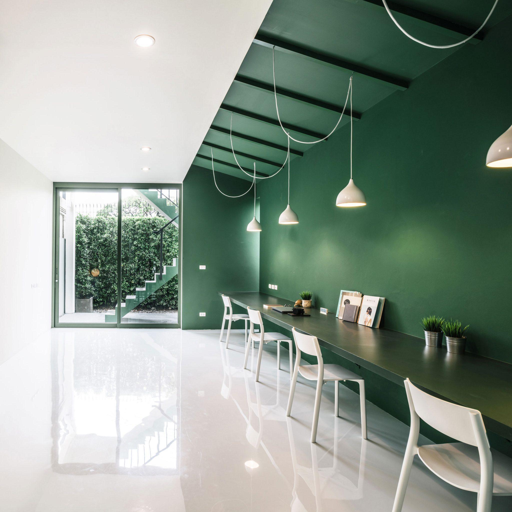 green-26-workspace-anonymstudio-bangkok_dezeen_sq