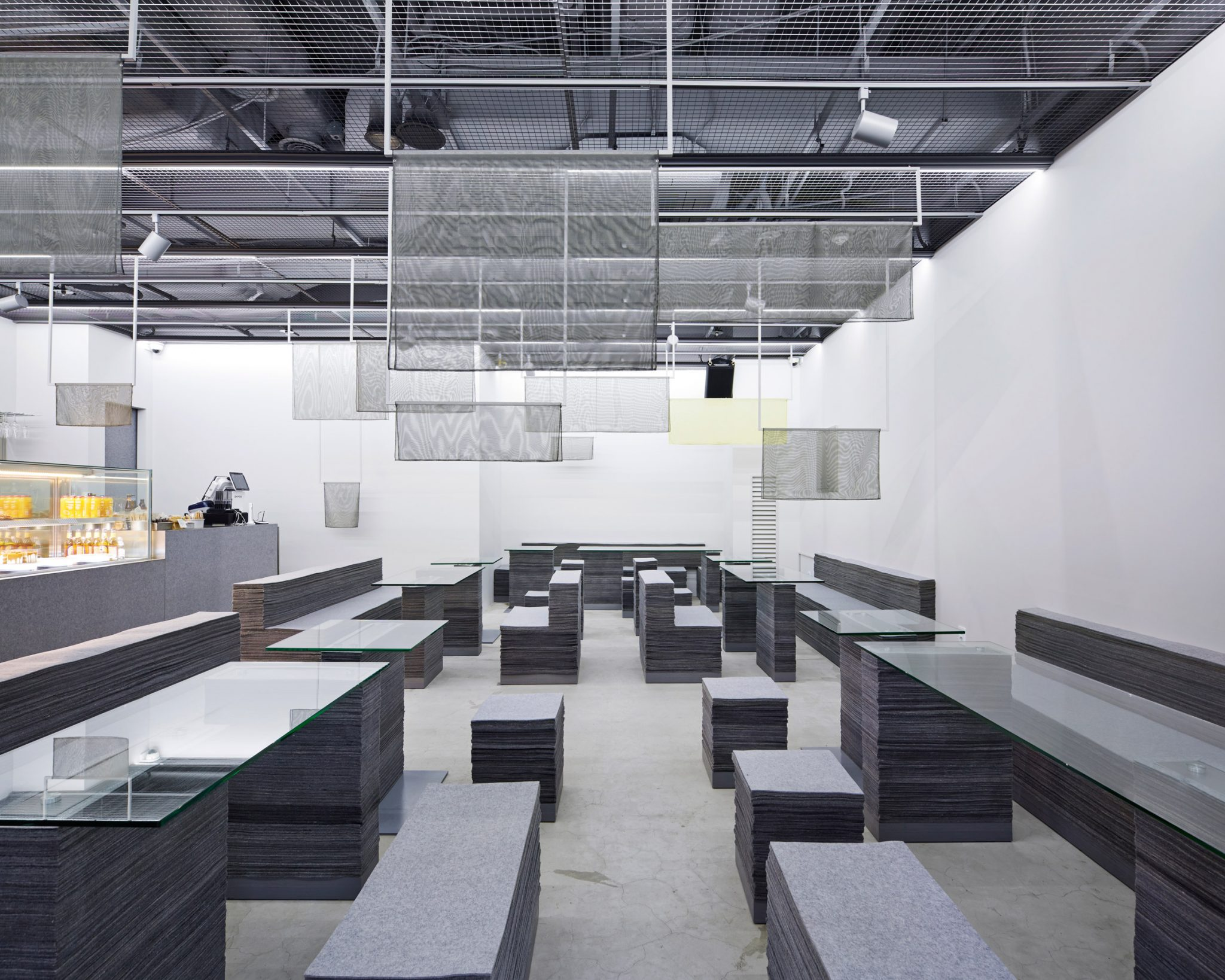 on-ne-sait-jamais-and-felt-series-nameless-architecture-interiors-south-korea_dezeen_2364_col_1