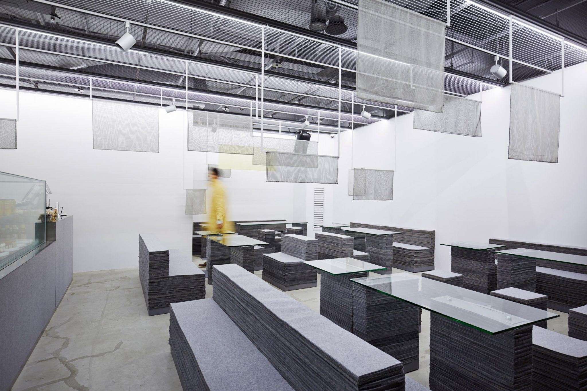 on-ne-sait-jamais-and-felt-series-nameless-architecture-interiors-south-korea_dezeen_2364_col_4