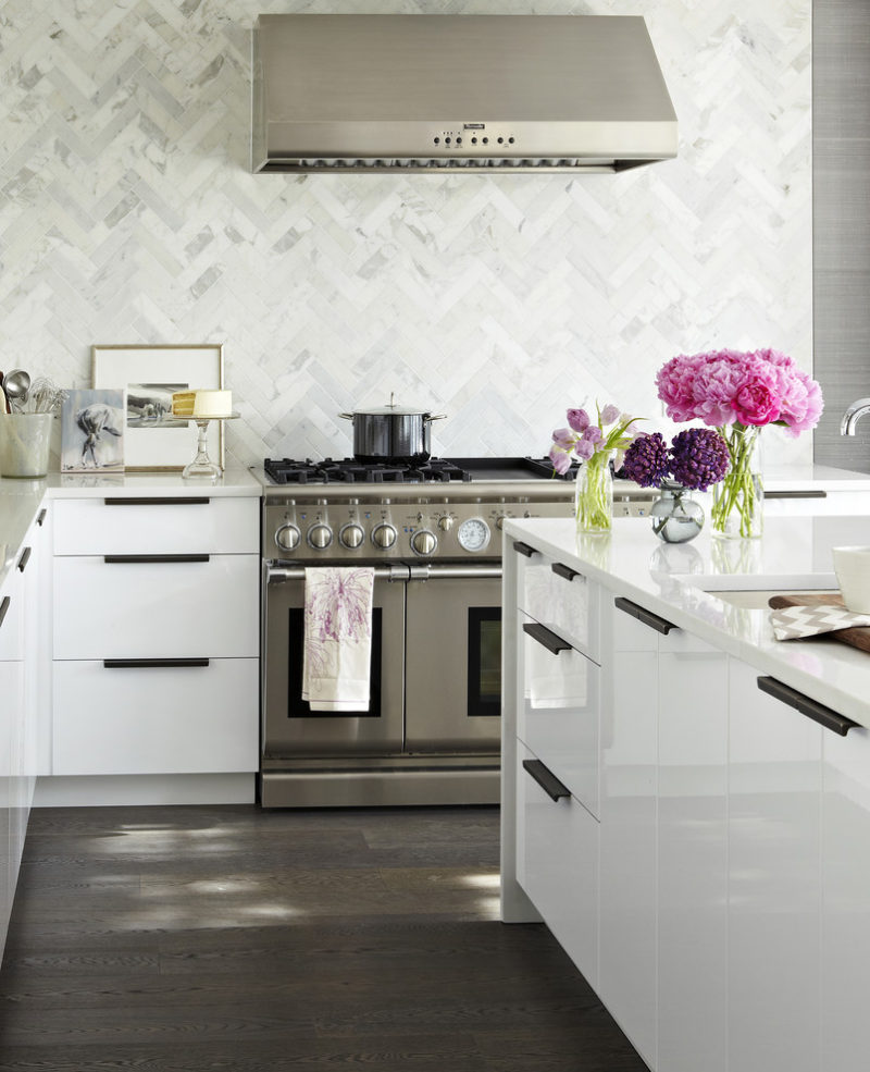 minimalist-kitchen-hardware-311216-609-12-800x985