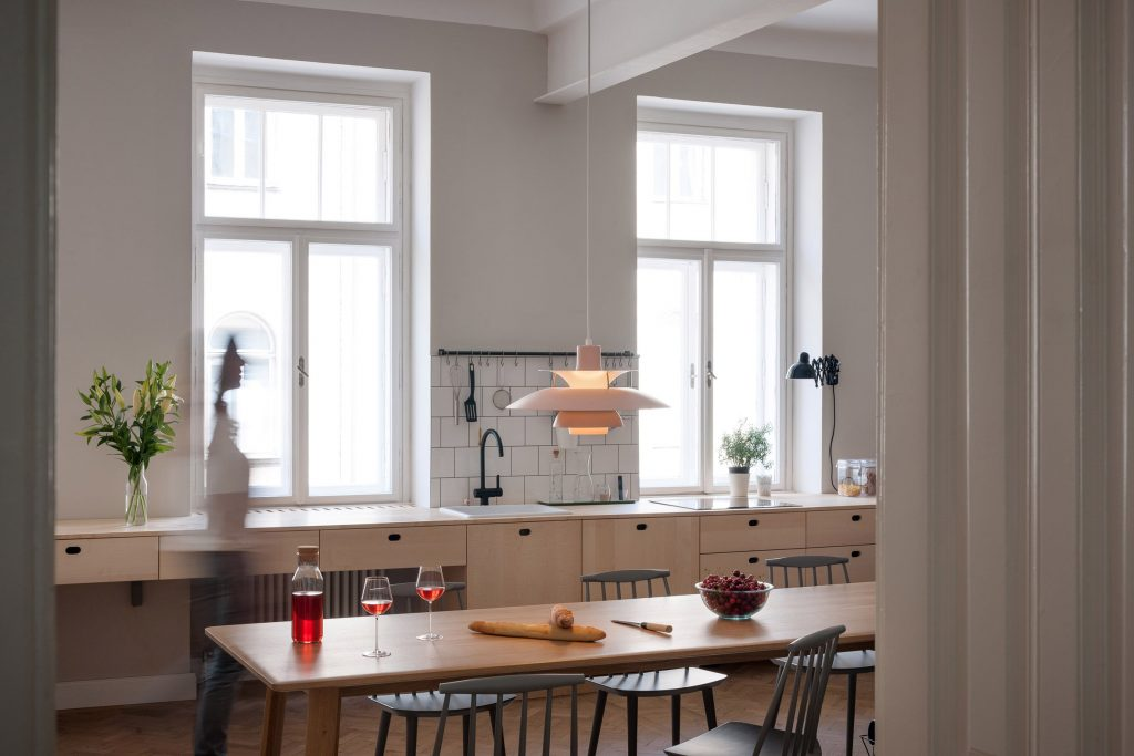 apartment-ab-kombinat-interiors-vienna-austria-apartments_dezeen_2364_col_0
