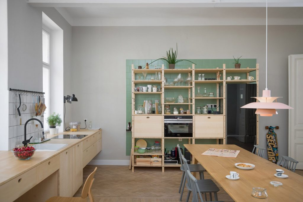 apartment-ab-kombinat-interiors-vienna-austria-apartments_dezeen_2364_col_2