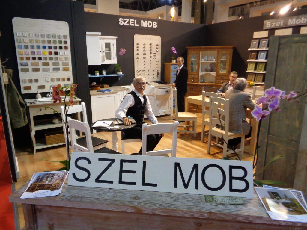 SALONE DEL MOBILE MILANO 2017 SZEL MOB 1
