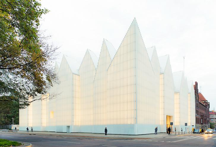 The Philharmonic Hall of Szczecin by Barozzi