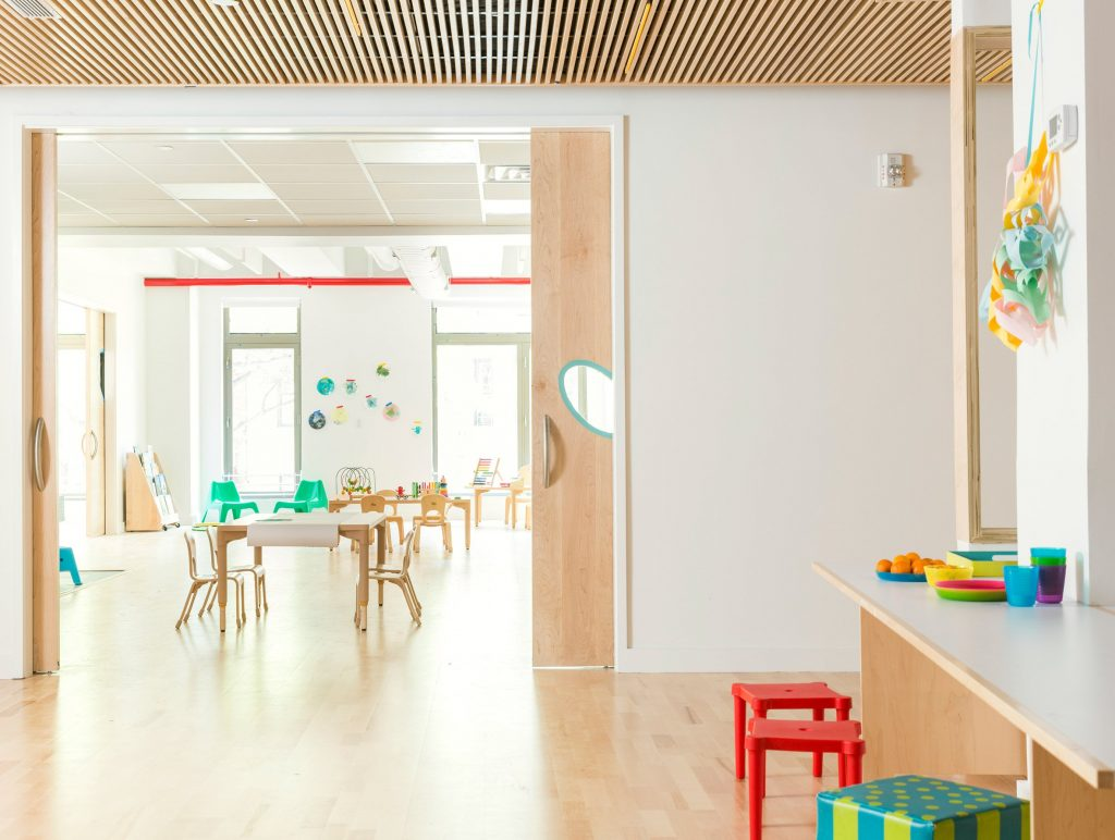 maple-street-school-bfdo-architects_dezeen_2364_col_1