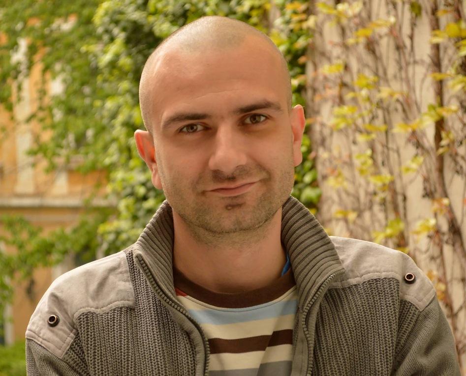 Vlad Oană