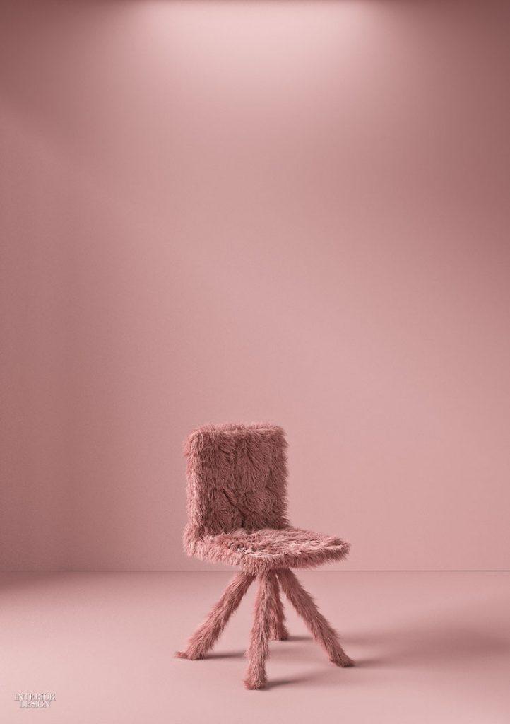 3. Scaun Throne din oțel tapițat cu blană de poliester de Crosby Studios
